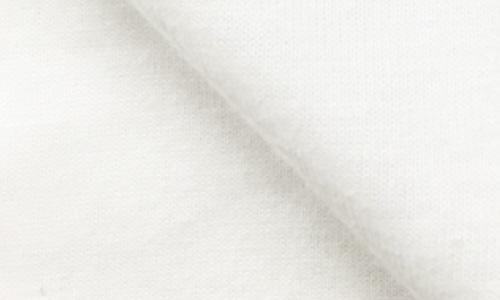 一つ一つ手摘みで収穫された綿花はダメージも少なく、なめらかでソフトな風合いの生地になります。